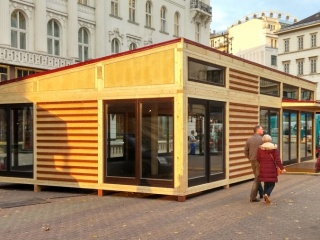 Vörösmarty tér Advent Melegedő tervezése, építése